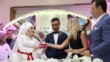 Burhan Kuzu'nun düğün sahiplerine terör sözü eleştiri sayıldı