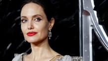 Angelina Jolie'nin kini bitmiyor!
