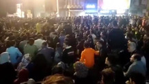 İran'da Benzine Yapılan Zam Sokakları Karıştırdı