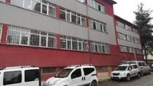 Lisenin tuvalet penceresinden düşen kız öğrenci yaralandı