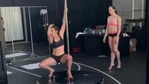 Jennifer Lopez striptizci rolü için direk dansına başladı