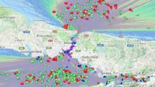 Boğaz sis altında: Yüzlerce gemi geçiş için bekliyor