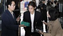 Güney Kore'de seks skandalının odağındaki şarkıcı Jung tutuklandı