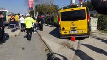Maltepe sahil yolunda dolmuş ile otomobil çarpıştı: 10 yaralı