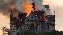Notre Dame Katedrali: Güzel bir gün yanmak için...