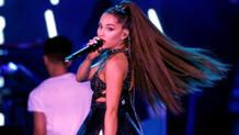 Ariana Grande'ye sahnede limonlu saldırı!