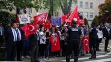 ABD'deki Türkler'den sözde soykırım açıklamalarına protesto
