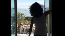 Beren Saat dans ettiği videoyu paylaştı