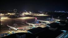 Atatürk Havalimanı bu anonsla uçuşlara kapatıldı