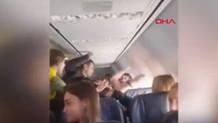 Sarhoş kadın yolcu uçağı birbirine kattı