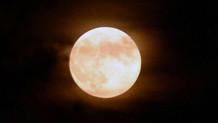 Bu gece Ay tutulması gerçekleşiyor!