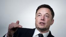 Elon Musk'ın çılgın projesi: İnsan beyni ile bilgisayar birleşiyor