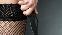 Erkek arkadaşının ayrılık isteğini kabullenemedi testislerinden bıçakladı