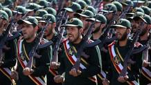 İran Devrim Muhafızları İngiliz tankerine el koydu!