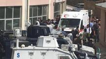 Şemdinli'de üs bölgesi yolunda patlama: 1 ölü, 1 yaralı