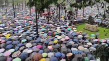 Twitter ve Facebook Hong Kong protestolarını hedef alan sayfaları kaldırdı
