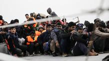 Şok eden iddia: Yunanistan sığınmacıları zorla Türkiye'ye gönderdi
