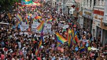 Akit yazarı: Feministler ve LGBTİ'ler Emine Bulut'u konuşmasın