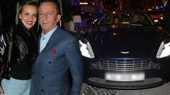 Ali Ağaoğlu James Bond'un arabasıyla Bebek turunda