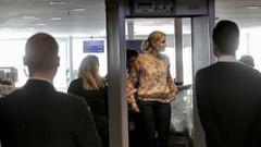 İşte polis araması yüzünden uçağı kaçıran Alman diplomatlar