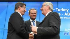 Daily Telegraph: Türkler, Avrupa'da kalma sürelerini ihlal ederlerse Schengen askıya alınacak
