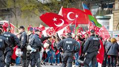 Almanya, Erdoğan'ın mitinge telekonferansla bağlanmasını engelledi
