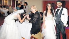 Hayat Devam Ediyor'un yıldızı Meltem Miraloğlu evlendi