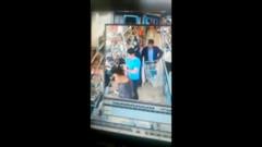 Markette iğrenç taciz kameralara böyle yansıdı