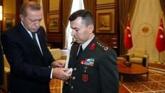 Cumhurbaşkanı Erdoğan yaverini çakı ile sınamış
