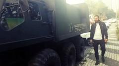 Avatar Atakan'dan Acun Ilıcalı'ya kamyonetli gönderme
