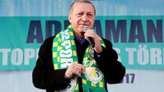 Hayır'cılar terörist söylemi tepki aldı, AKP'nin dili değişiyor