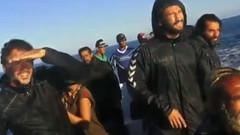 Survivor yarışmacıları denizin ortasında neyle karşılaştı?