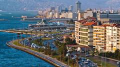 İzmir'de partisiz Hayır, Erdoğan'lı Evet'e karşı