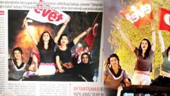 Karar gazetesinden Evetçi genç kızların kıyafetlerine sansür