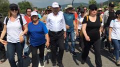 Adalet Yürüyüşü'ne tutuklu gazetecilerin yakınları da katıldıü