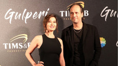 Cannes'da Gülperi çıkarması