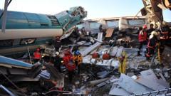 Son dakika: Ankara'daki tren kazasında ölü sayısı arttı