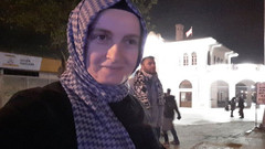 Türbanlı kadından Melih Gökçek'e mini etek yanıtı: Seven giysin