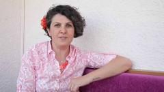 Armağan Portakal'dan yeni kitap: Doğma Yavrum Dünya Çok Kalabalık