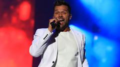 Ricky Martin yeni single'ı Fiebre'yle geri döndü