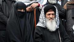 Aczimendi Şeyhi Müslüm Gündüz yine piyasaya çıktı: Kızları gömmek yerine boyunlarını kesselerdi