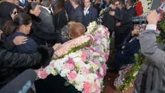 Mina Başaran'ın cenaze töreninde gözyaşları sel oldu