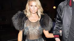 Paris Hilton'un her yerini gösteren transparan elbisesi