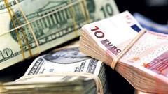 Euro rekor tazeledi, dolar 3,94'ü aştı!