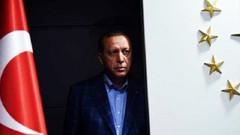 İsmet Özçelik: Anketler AKP'de moral bozuyor