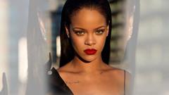 İç çamaşırlı fotoğraf paylaşan Rihanna'ya şaşırtan Türkçe yorum