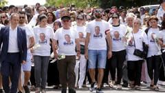 Fransa'da binlerce insan Engin Güneş için yürüdü