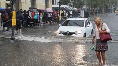Ankara'yı şiddetli yağış vurdu... İstanbul'da şok uyarı