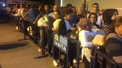 Beşiktaş seçim kurulu önünde seçim yoğunluğu