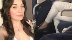 Uçakta sapık krizi! Genç kadın İğrenç olayı böyle görüntüledi